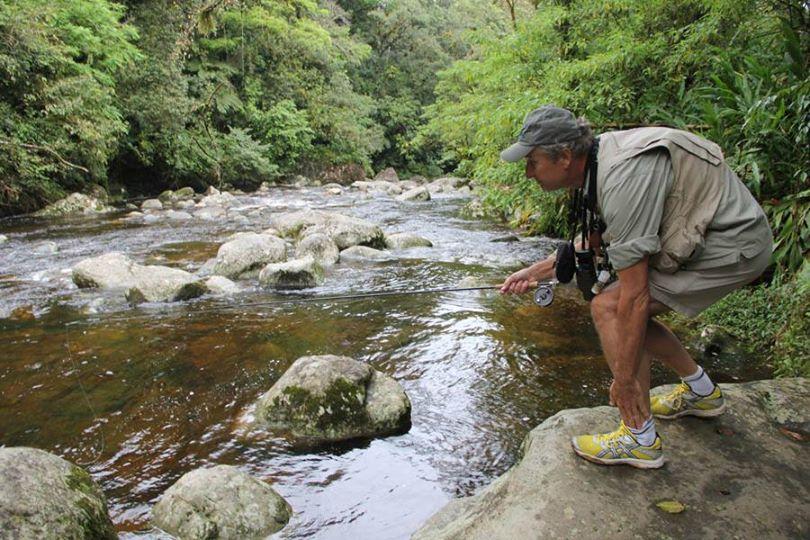 Paul Reddish aproveita o intervalo nas gravações para fazer aquilo que mais gosta. Pescar!