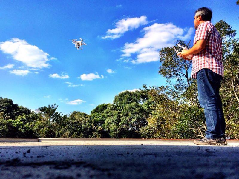 Tom Cavalieri e seu Drone.