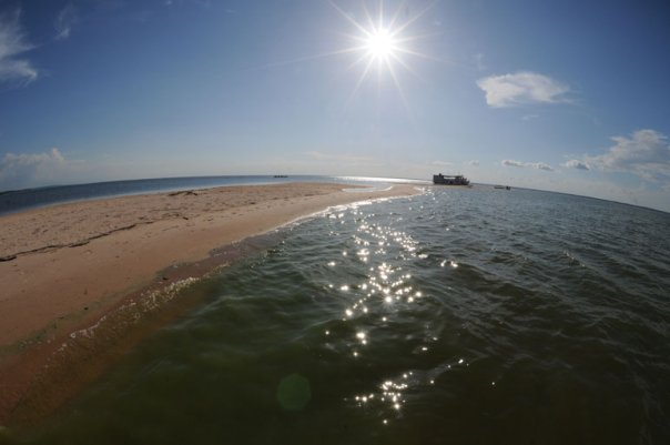 Barco no Rio Arapiuns